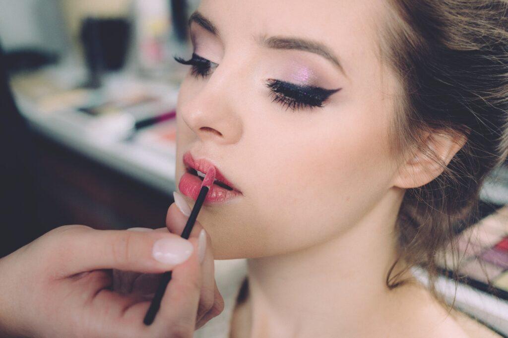 kosmetyki do makijażu na początek