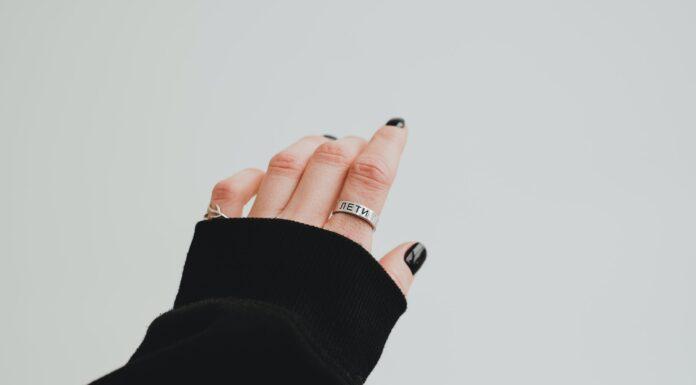 pierścionek damski ze stali chirurgicznej